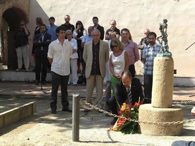 Participació a l'ofrena floral a Rafael de Casanova