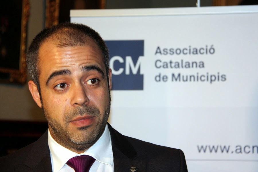 CiU i PSC-PSOE: un govern nombrós, amb càrrecs de confiança, però sense projecte