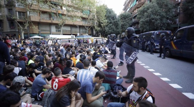 Crida Premianenca i Podem Premià davant l'1 d'octubre