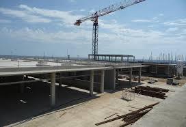Centre comercial al port: Una aposta que no compleix la promesa de pluja de milions i visitants