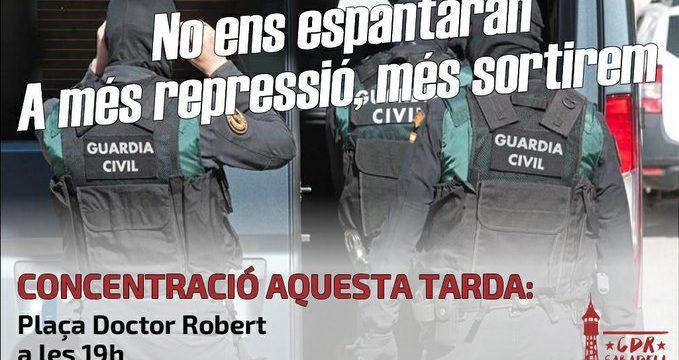 Dempeus davant la repressió!